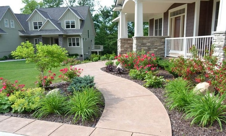 Sidewalk Border Ideas for Your Garden